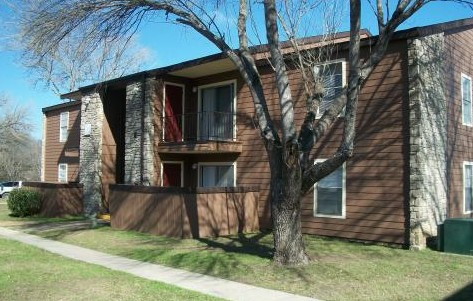 Exterior 2 at Listing #141163
