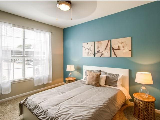 Bedroom at Listing #137594