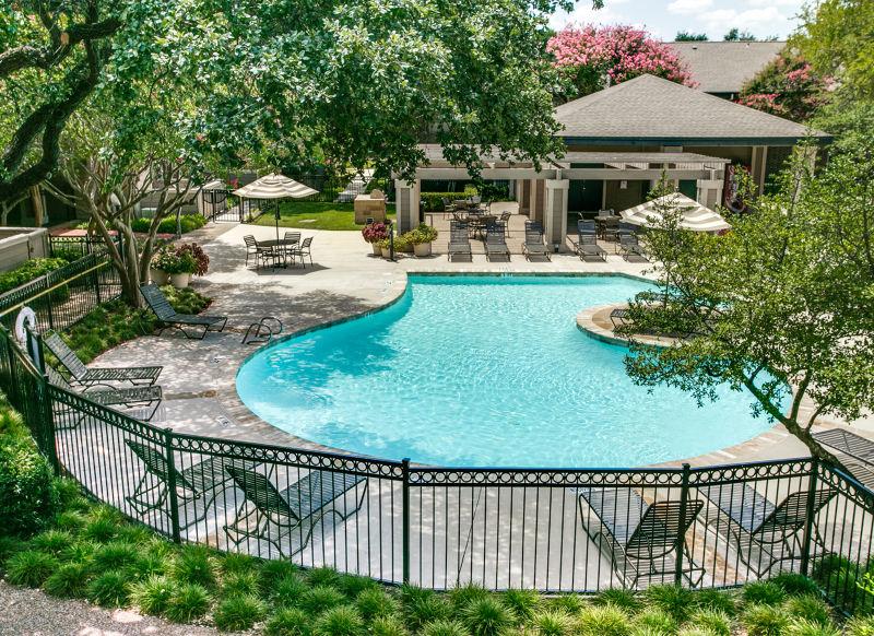 Pool at Listing #136611