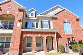 Exterior at Listing #144964
