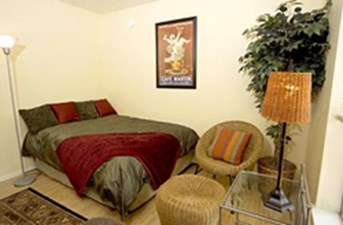 Bedroom at Listing #235054