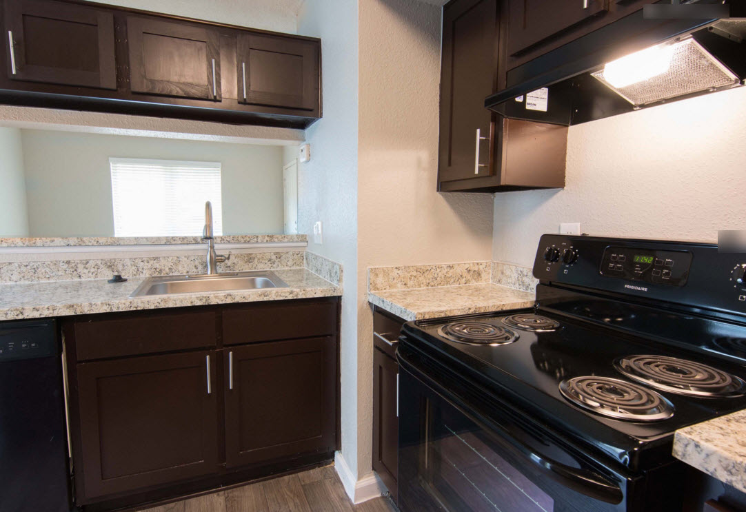Kitchen at Listing #138440