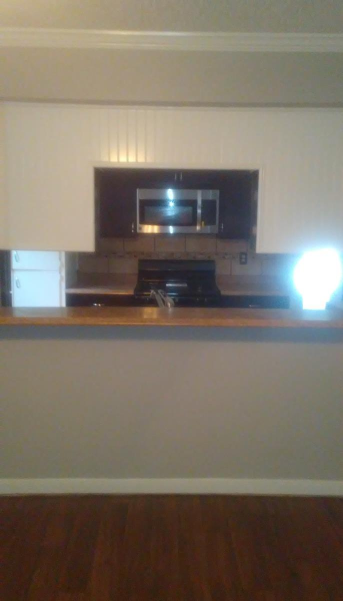 Dining Area at Listing #141214