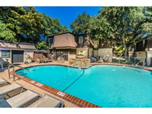 Pool at Listing #137160