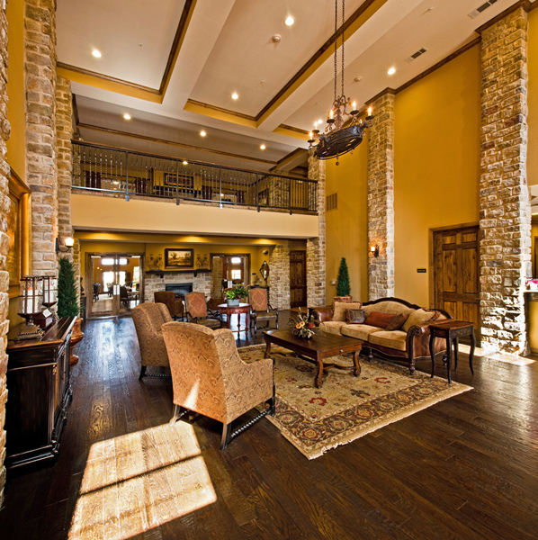 Lounge at Listing #147490