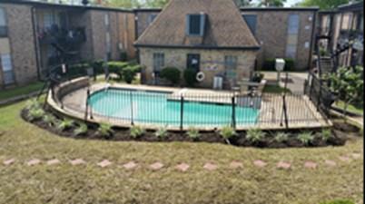 Pool at Listing #139533