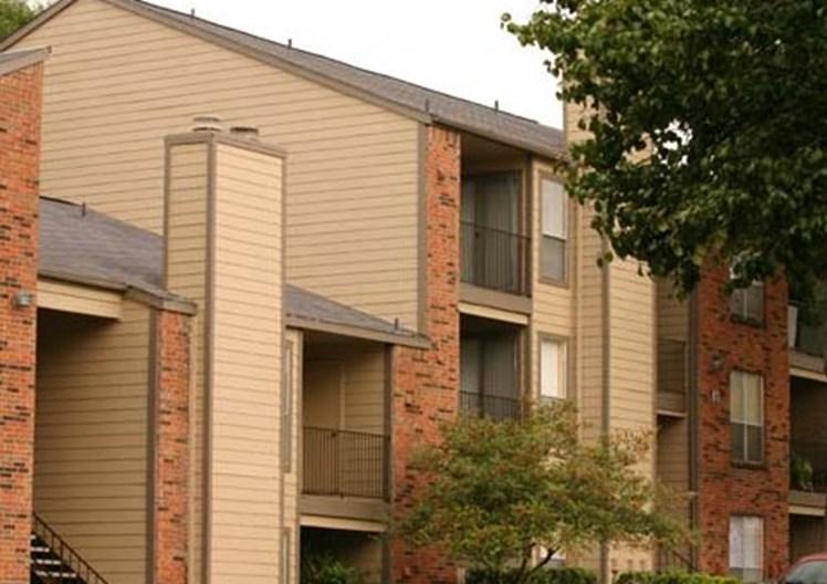 Walnut Creek Crossing Apartments