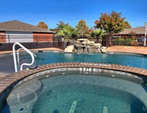 Hot Tub at Listing #144431
