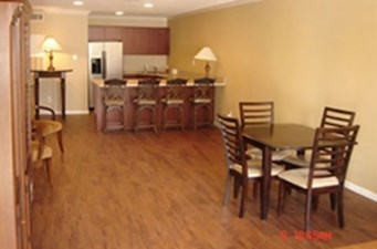 Dining/Kitchen at Listing #139690