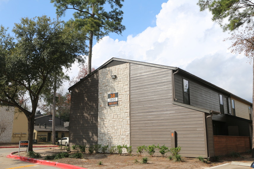 Exterior at Listing #138574