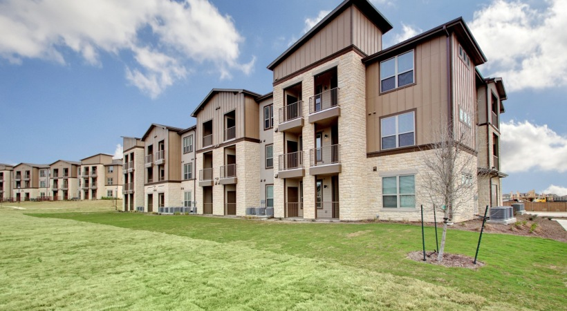 Estraya Falcon Pointe Apartments Pflugerville TX