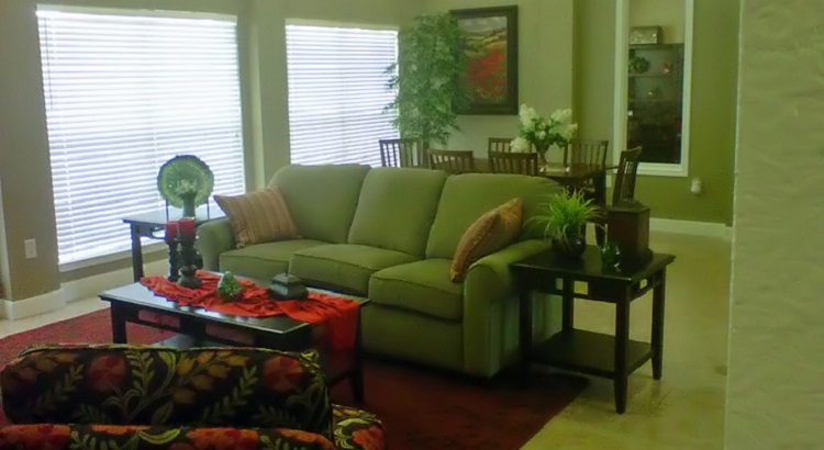Living at Listing #151587
