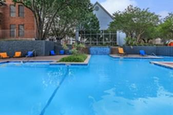 Pool at Listing #141202