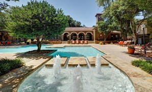 La Costa Apartments Plano TX
