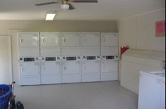 Laundry at Listing #139478