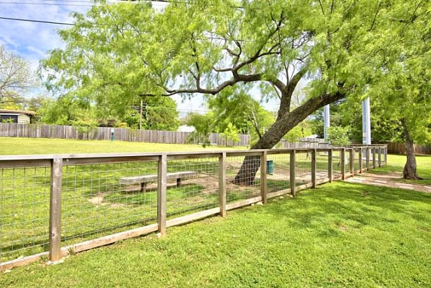 Dog Park at Listing #140250