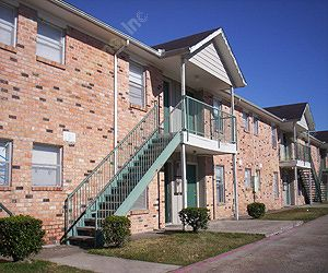 Exterior 1 at Listing #139265
