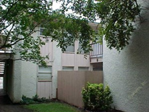 Exterior 3 at Listing #137481