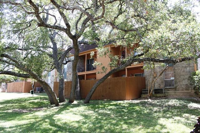 Meadows Apartments Universal City TX