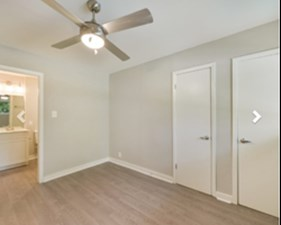 Bedroom at Listing #140341