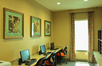 Business Center at Listing #228027