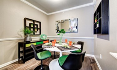 Dining Room at Listing #140682