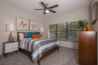 Bedroom at Listing #137657