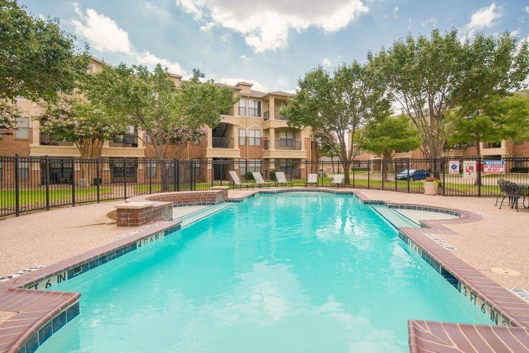 Pool at Listing #137885