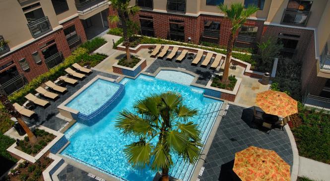 Pool at Listing #144936