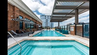 Pool at Listing #287377