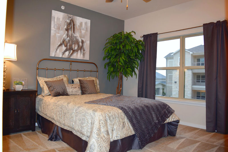 Bedroom at Listing #267607