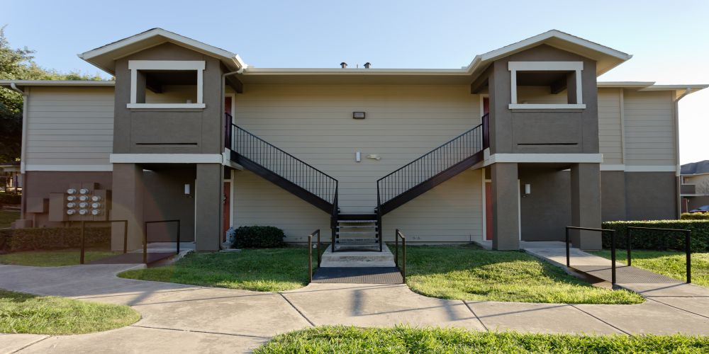 Exterior at Listing #141300