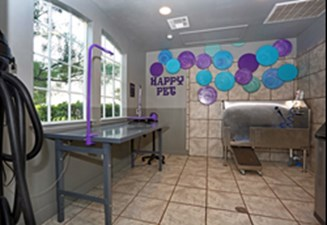 Pet Salon at Listing #140788