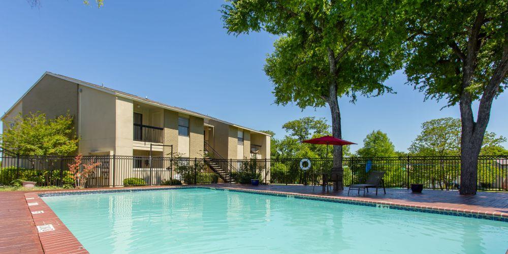 Pool at Listing #140406