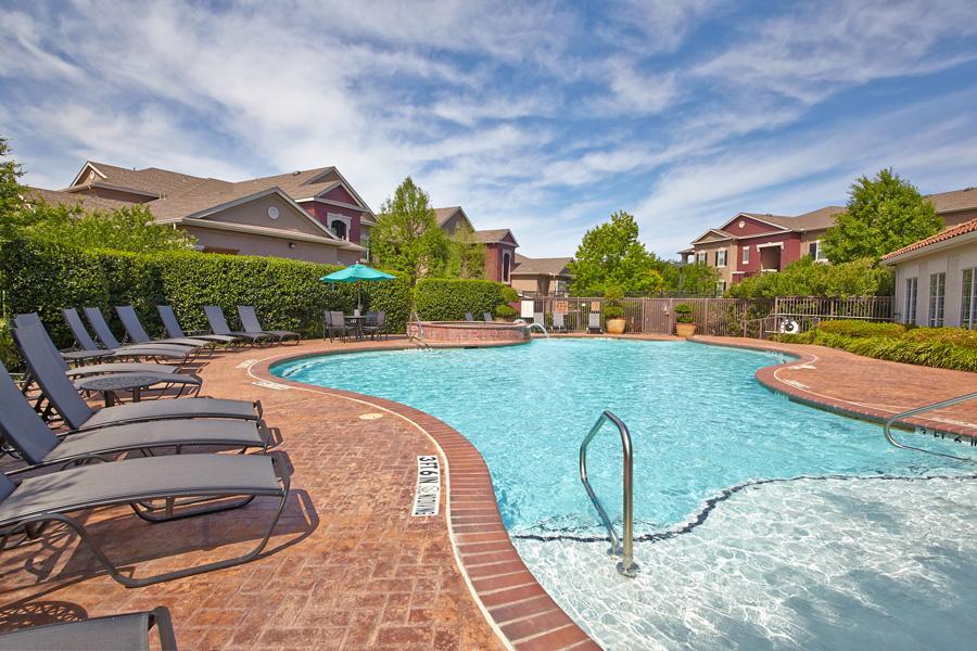 Pool at Listing #144262