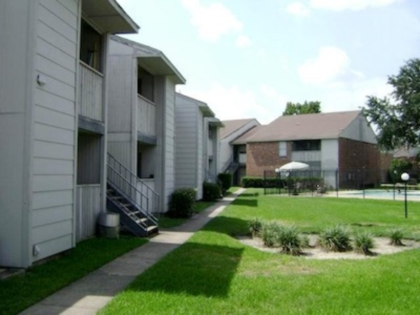 First Oaks of Northwest Corners Apartments Houston, TX
