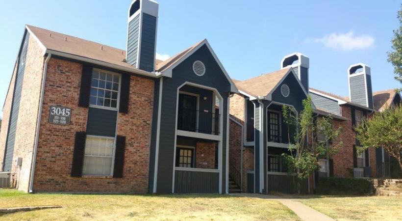 Surrey Oaks ApartmentsBedfordTX
