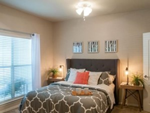 Bedroom at Listing #140863