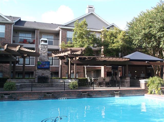 Pool at Listing #138908