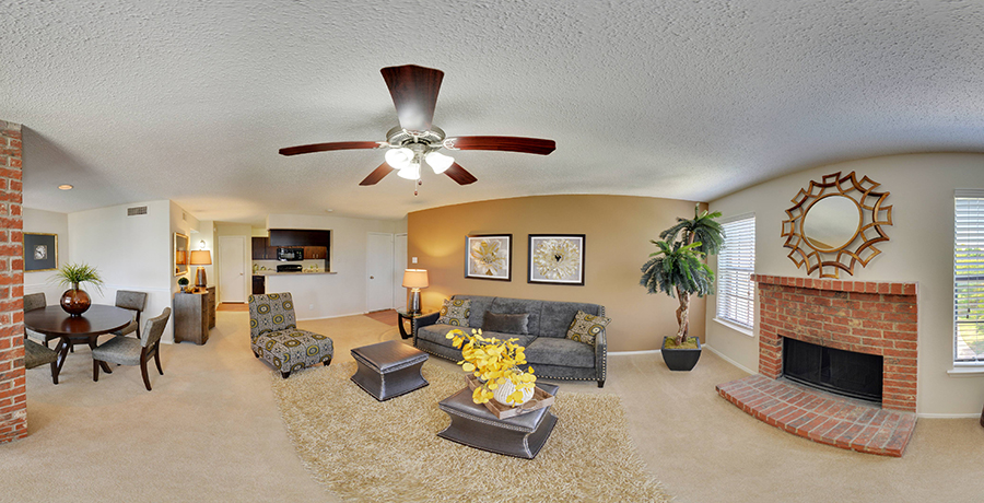 Living at Listing #136765