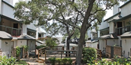 Courtyard at Listing #141261