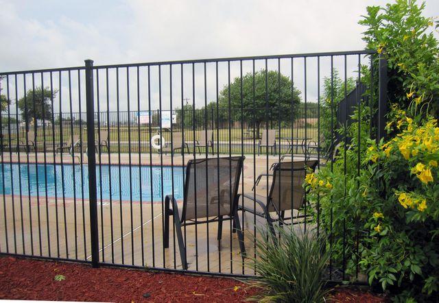Pool at Listing #141422