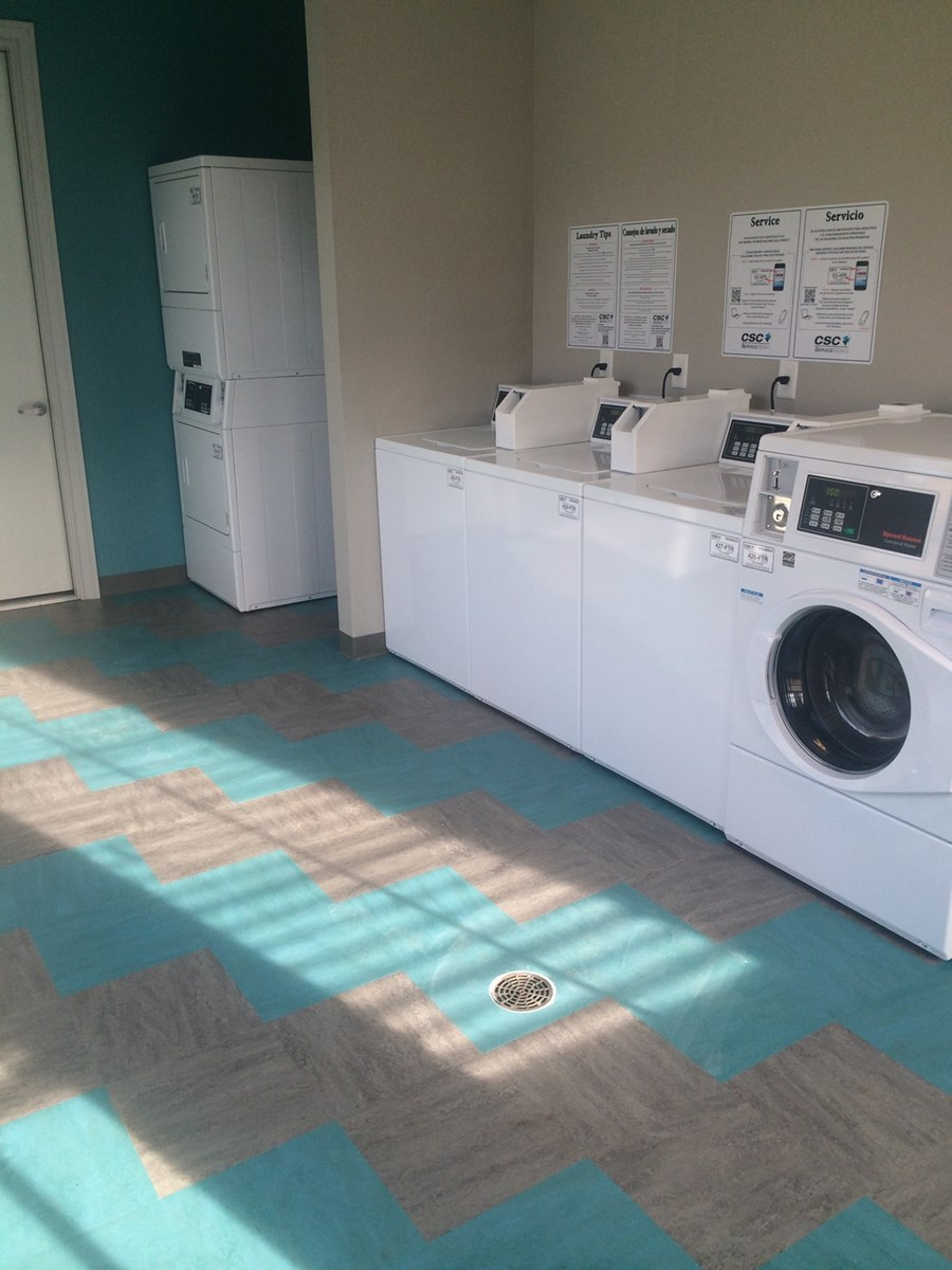 Laundry at Listing #243568