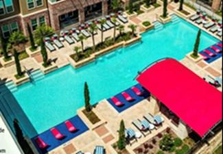 Pool at Listing #287342