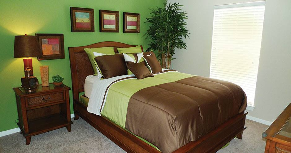 Bedroom at Listing #138319