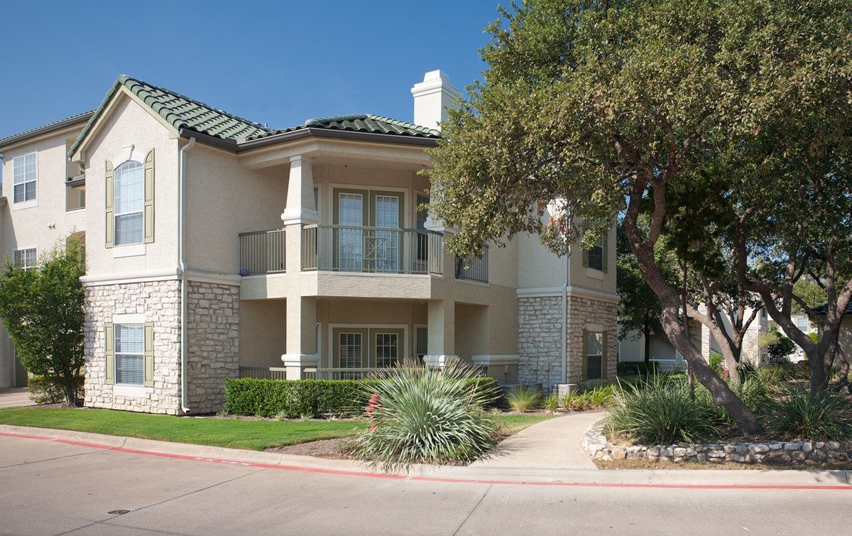 Exterior at Listing #140781