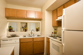 Kitchen at Listing #138600