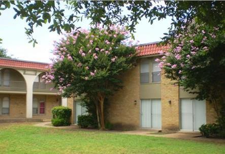 Spanish Villa Apartments 75042 TX