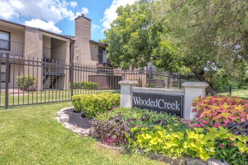 Wooded Creek Apartments