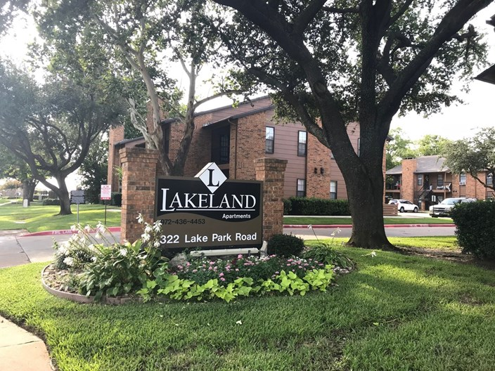 Lakeland Apartments